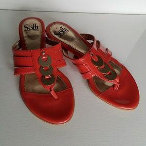 Sofft flip flops tongs size 6.5 heel coral color